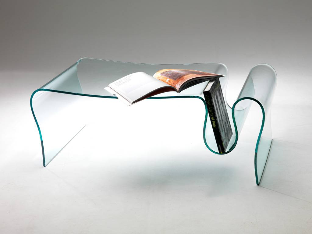 Tavolini in vetro curvato: contemporanei e di stile