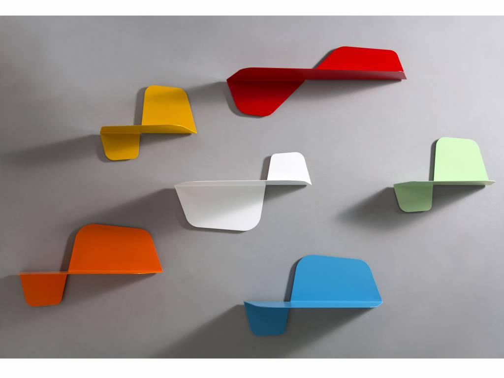 Mensole da muro un tocco di design per le pareti for Mensole per cameretta