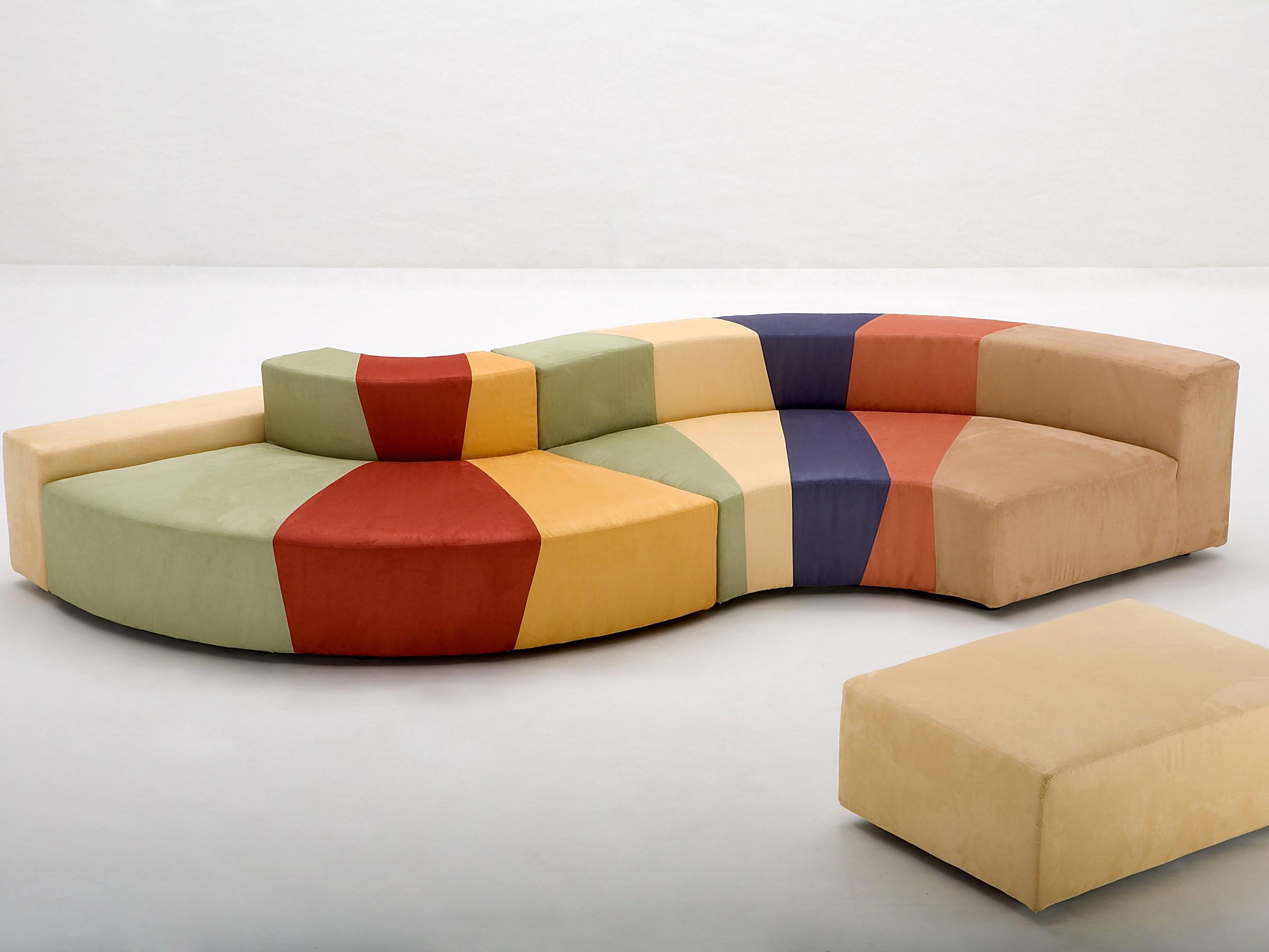 3 motivi per scegliere un divano componibile - Divani colorati componibili ...