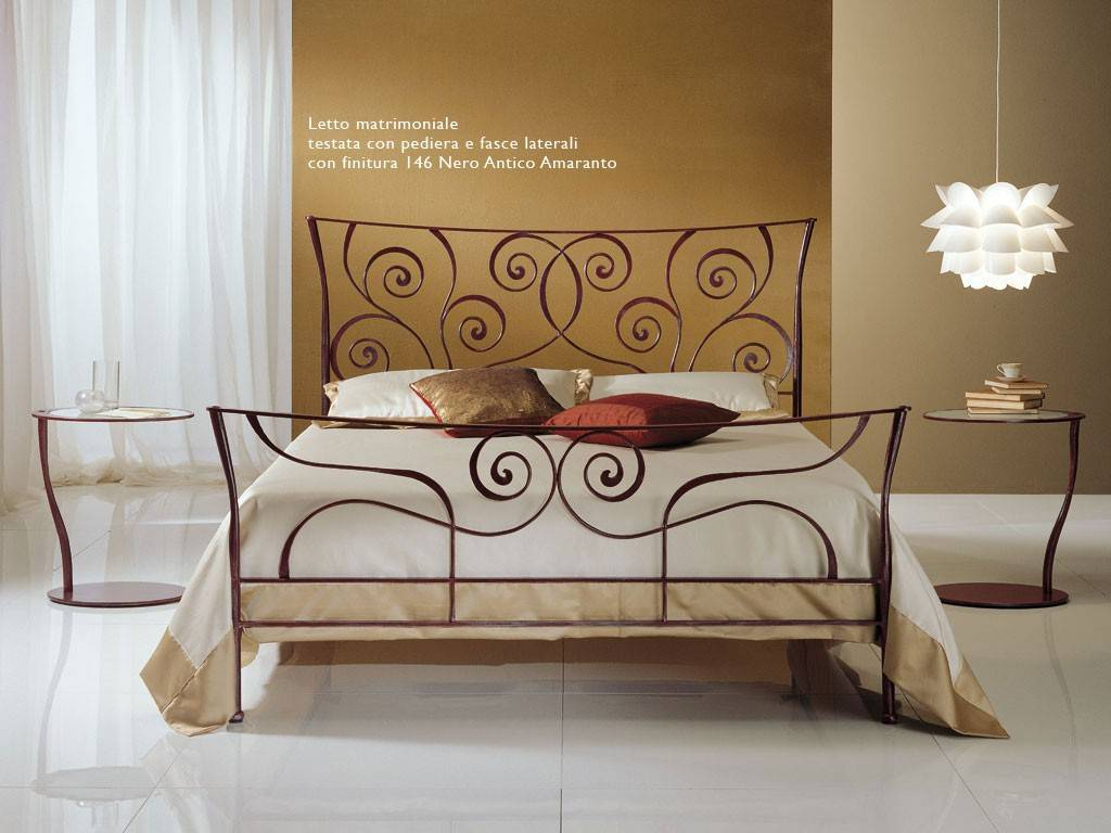 Consigli su come arredare la camera da letto for Camera letto ferro battuto