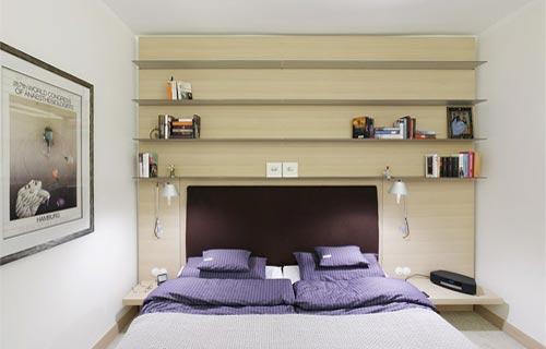 Consigli su come arredare la camera da letto - Testiera letto libreria ...