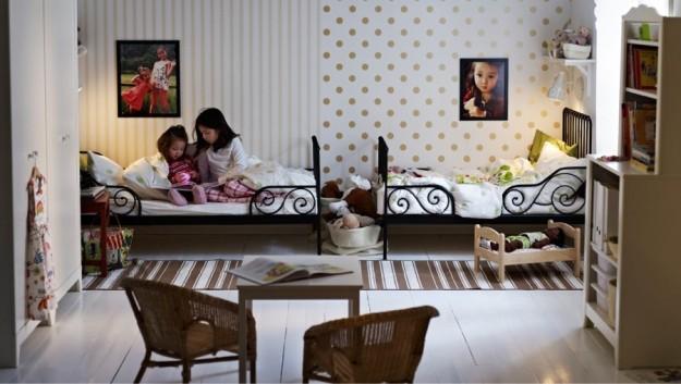 Arredare la camera da letto dei bambini con un letto in ferro battuto
