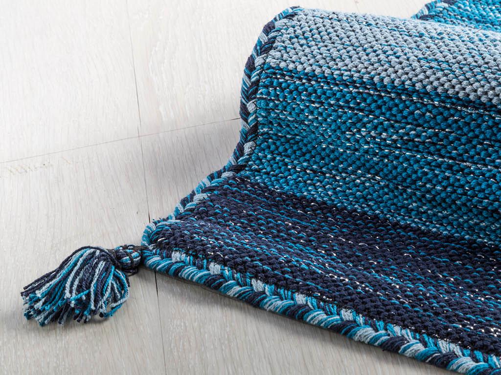 Come pulire un tappeto in modo semplice e veloce - Come pulire i tappeti in casa ...