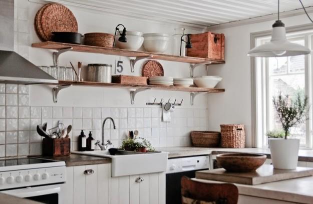 Come arredare con mensole e ripiani le idee pi originali - Mensole cucina moderna ...