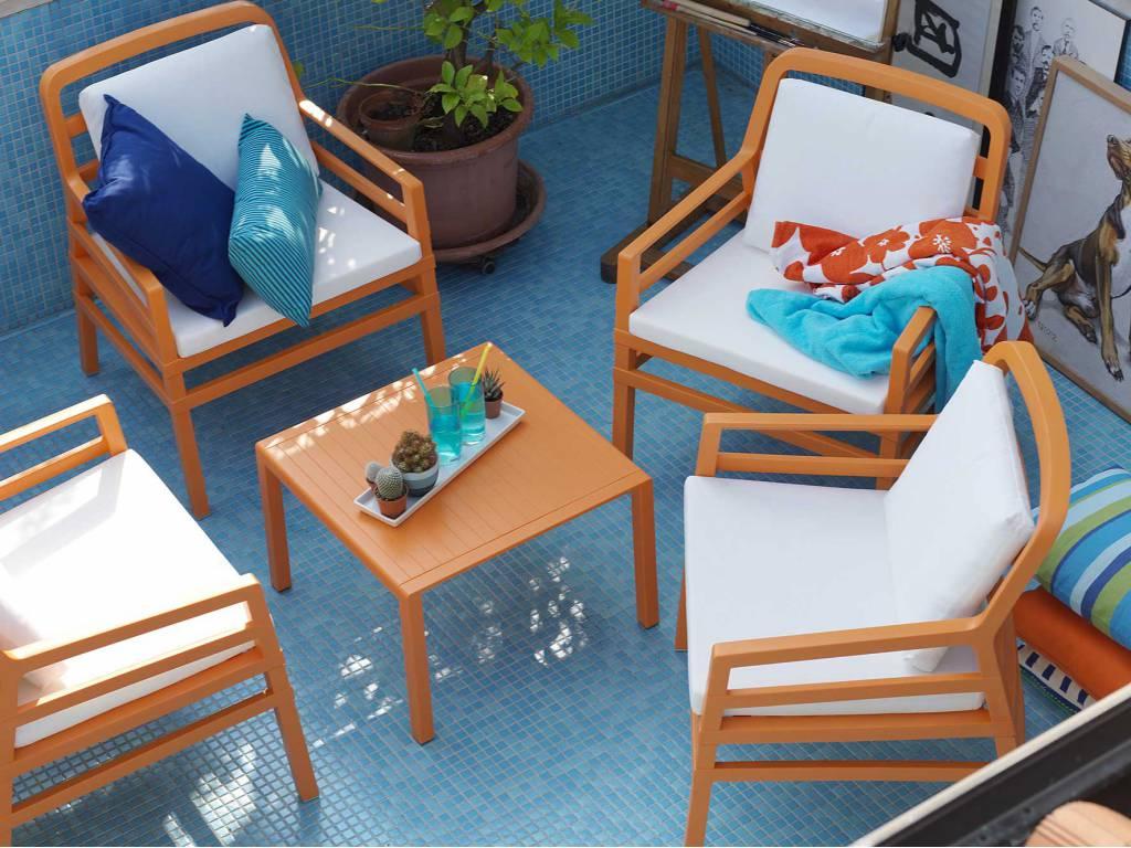 tavolo-da-giardino-colorato