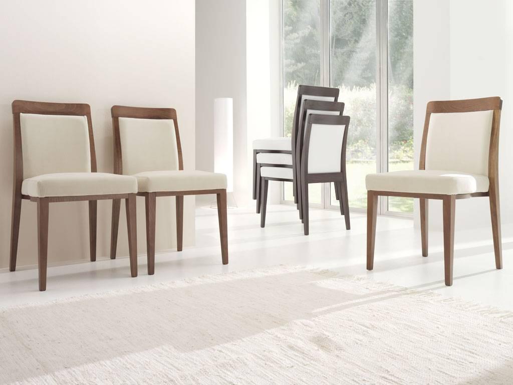 Arredare con mobili antichi e nuovi ecco come - Tavolo antico con sedie moderne ...
