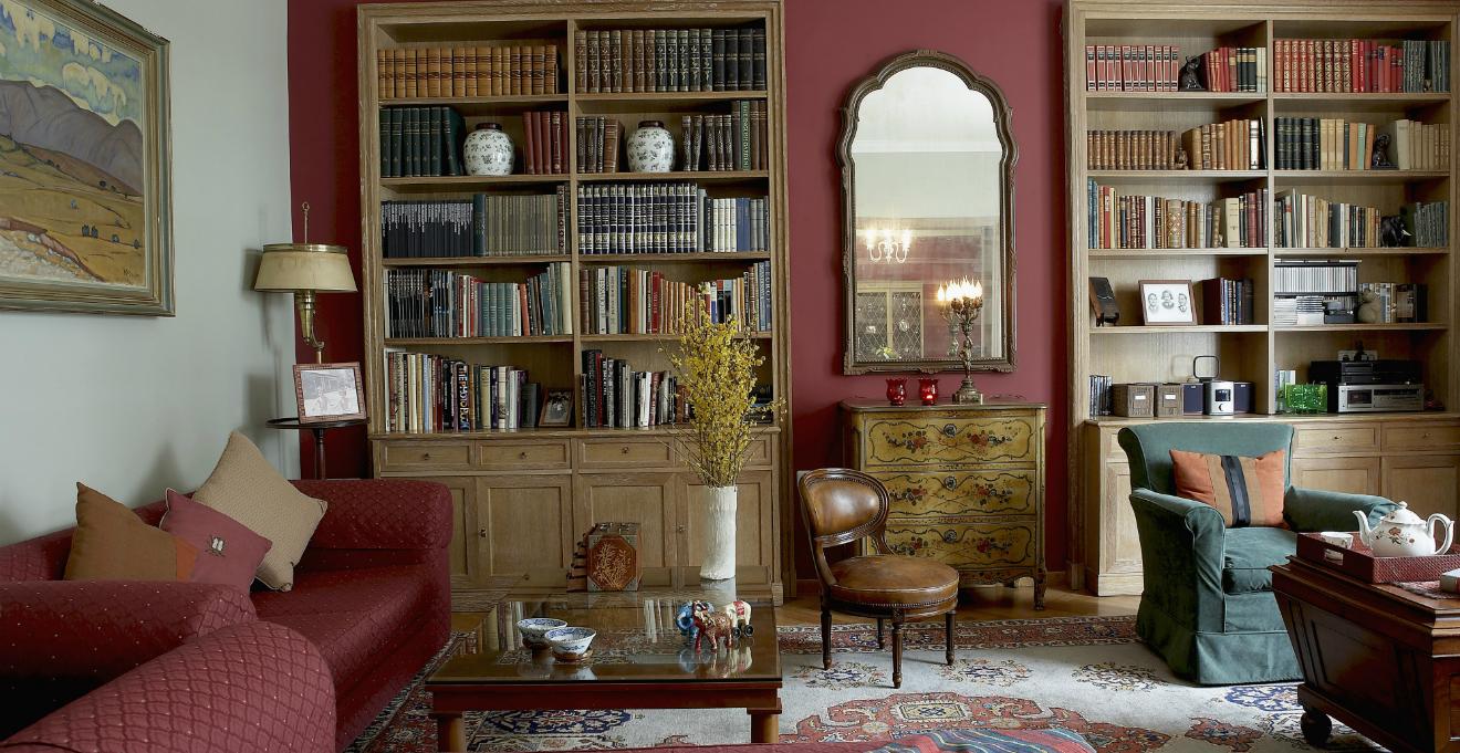 Arredare con mobili antichi e nuovi ecco come for Mobili sala da pranzo moderni
