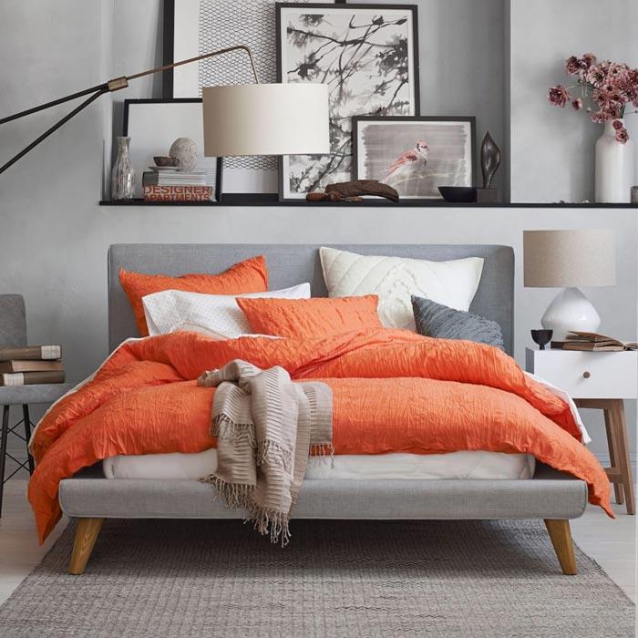 Letti imbottiti moderni per la camera da letto