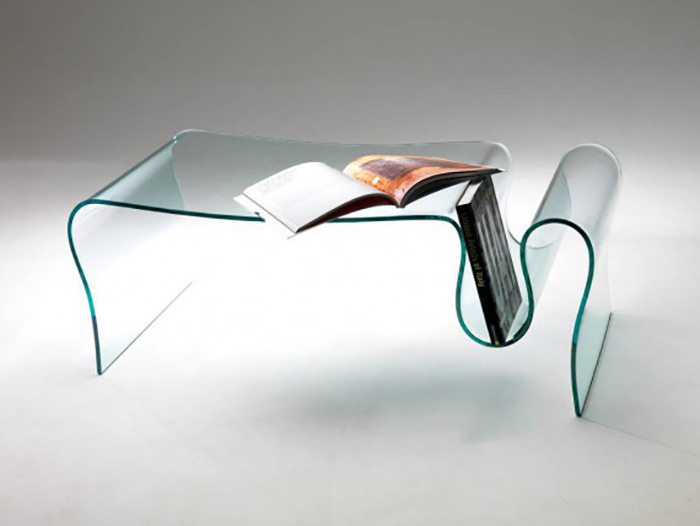 Dharma, tavolino da salotto in vetro curvato