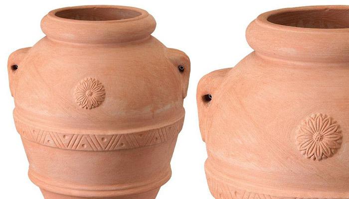 vasi in terracotta da giardino