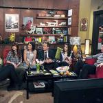 La stagione delle serie TV: prepara il tuo salotto per una perfetta serata autunnale!