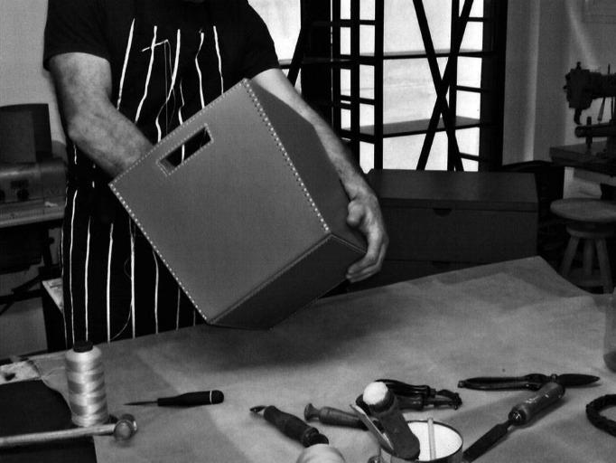 lavorazione artigianale del cuoio in Italia