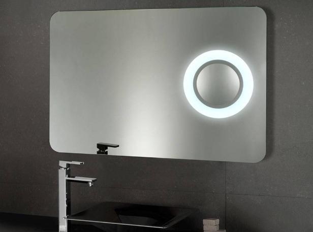 specchio bagno con ingranditore