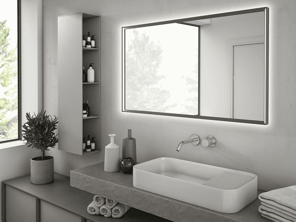 specchio da bagno con illuminazione a led
