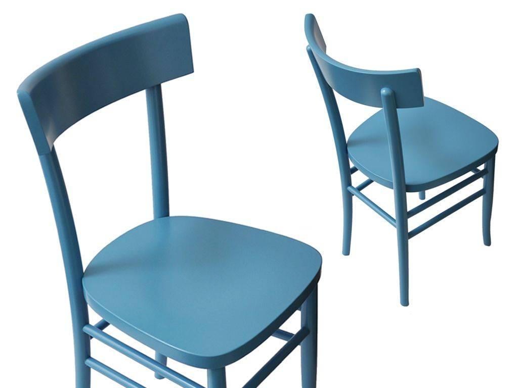 sedia di legno classica blu