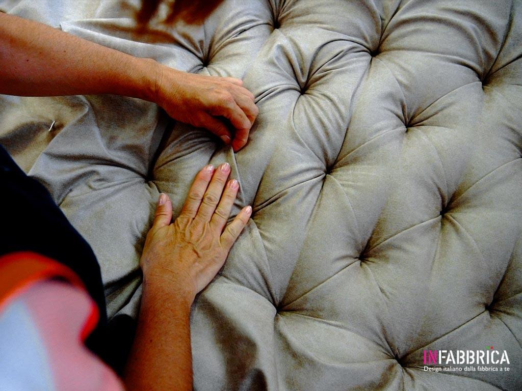 divano artigianale fatto a mano
