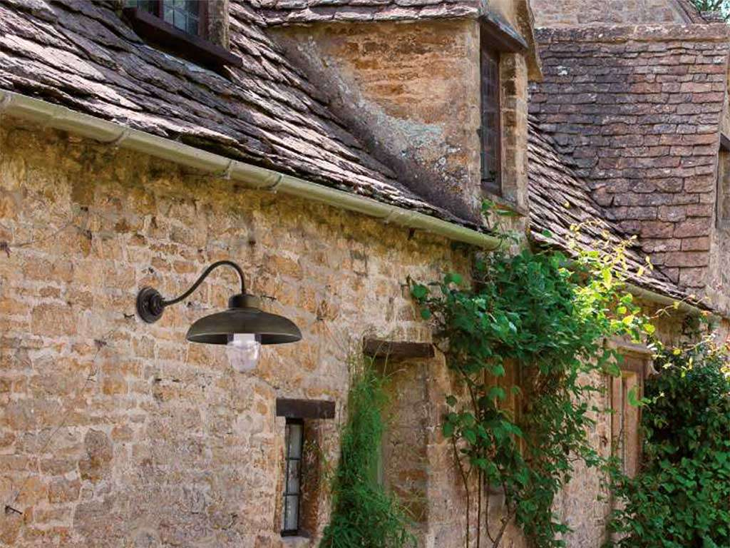 lampada da esterno ottone