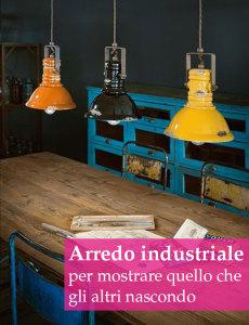 tavolo rustico con lampade colorate